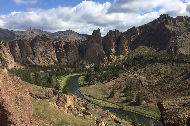 Smith Rock overlooking Crooked River