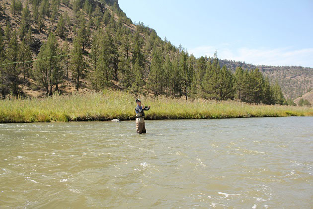 Fly Fishing in Crooked River