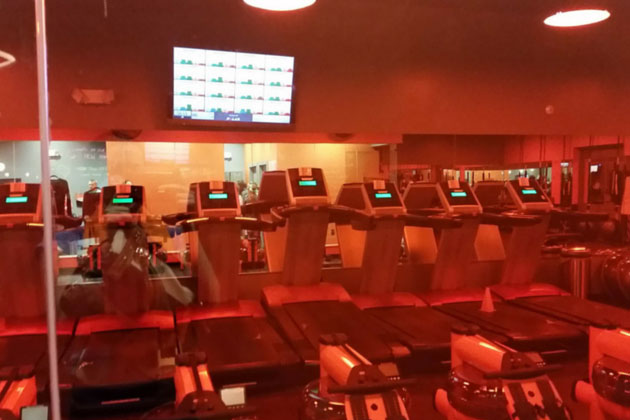 Orange Theory Treadmills