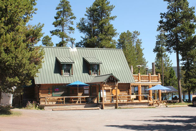 Paulina Lake Lodge Restaurant