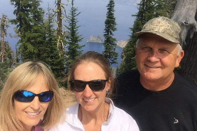 Sun Notch Hike at Crater Lake with Family