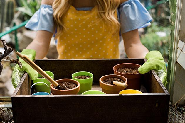 gardening-with-jewelry